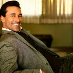 Jon Hamm, if that smile doesn't make you melt, I don't know what!
