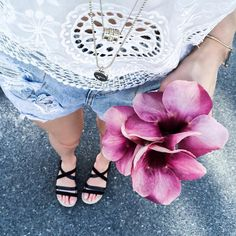 Outfit Inspiration: Forever New white lace top, One Teaspoon ripped denim short and Mimco Roamer black sandals. Follow @jayde_archives on Instagram.