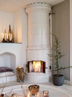 Interior Living Room Design Trends for 2019 - Interior Design Christmas Home, Room, Interior, Fireplace Design, House Styles, Home Decor, House Interior, Interior Design, Interior Inspo