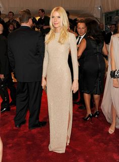 """Gwyneth Paltrow Photo - """"Alexander McQueen: Savage Beauty"""" Costume Institute Gala At The Metropolitan Museum Of Art - Arrivals"""