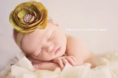#newborn #photography #poses #baby