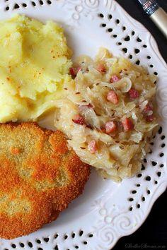Tradycyjna Kapusta Kiszona Zasmażana z Boczkiem - Przepis - Słodka Strona Polish Recipes, Polish Food, Cauliflower, Macaroni And Cheese, Food And Drink, Keto, Tasty, Vegetables, Ethnic Recipes
