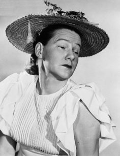 A young Minnie Pearl