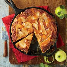 Dazzling Thanksgiving Pies: Caramel Apple Blondie Pie