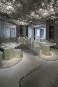 ENIGMA es el proyecto más ambicioso de Neolithhasta la fecha realizado, en colaboración con RCR ArquitectesyP.Llimona.  La historia de ENIGMA...  http://www.plataformaarquitectura.cl/cl/869163/restaurant-enigma-rcr-arquitectes-plus-pllimona?utm_medium=email&utm_source=Plataforma%20Arquitectura