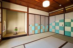 古民家 ギャラリー 唐紙 Japanese House, Japanese Style, Japanese Paper, Sliding Doors, Wood, Interior, Furniture, Beautiful, Home Decor
