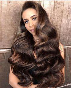 ♡ hair color Brown Highlights, Caramel Highlights, Hair Highlights, Chocolate Highlights, Caramel Balayage, Caramel Color, Carli Bybel Fashion, Carli Bybel Hair, Carli Bybel Makeup