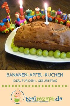 Banana cake with apple - Ideal childrens birthday cake - Bananenkuchen mit Apfel – Idealer Kinder-Geburtstagskuchen This banana apple cake is sugar-free and is ideal as a birthday cake for the first birthday of the baby: www. Banana Recipes Without Sugar, Baby Food Recipes, Cake Recipes, Food Baby, Sugar Cake, Sugar Sugar, Homemade Baby Foods, Food Cakes, First Birthdays