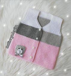 Baby Vest Knitting Models With Gorgeous Designs Boho Flower Girl, Flower Girl Dresses, Boho Outfits, Kids Outfits, Crochet Bebe, Baby Vest, Types Of Dresses, Baby Sweaters, Baby Knitting Patterns