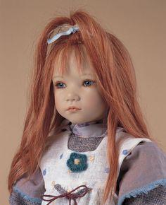 Какая чудесная кукла.