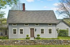 This traditional early New England Colonial was built in 1794 and has been authentically restored and expanded with the finest quality materials, craftmanship and attention to detail.