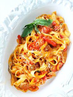 PROUD ITALIAN COOK: Mamma Agata's Sausage and Red Pepper Pasta