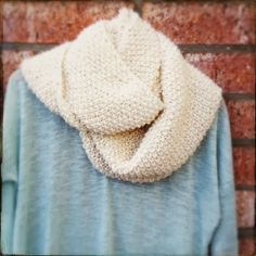 Lady by the Bay - GAPtastic Cowl Knit