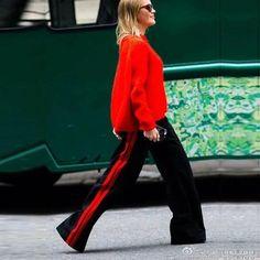 A Forever 2017 Women Long Pant Casual Style Side Belt Red Striped Stitching Wide Leg Pants Black Casual Loose Trousers Zara Fashion, Milan Fashion, Fashion Pants, Red Pants, Black Pants, Zara Mode, Moda Zara, Mode Streetwear, Mode Inspiration