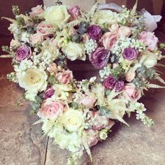Wedding decor - floral hearts and more - another wedding inspiration by Meijer Roses. Take a look at beautiful wedding decor! Wedding Decorations, Floral Wreath, Creations, Wedding Inspiration, Wreaths, Purple, Rose, Artwork, Crafts
