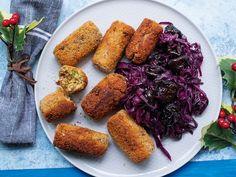 Ünnepi menü csicseriborsóval és káposztával vegetáriánusoknak. Chicken Wings, Food And Drink, Meat, Buffalo Wings