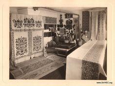 Woodblock-printing workshop at the Poltava Zemstvo workshops. 1910s.
