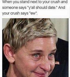 Memes Humor, Funny Crush Memes, Crush Humor, Crazy Funny Memes, Really Funny Memes, Stupid Funny Memes, Funny Tweets, Funny Laugh, Funny Relatable Memes