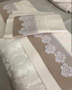 Filet Crochet, Crochet Doilies, Crochet Lace, Crochet Designs, Crochet Patterns, Bed Cover Design, Boutique Homes, Home Textile, Needlework