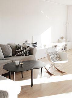 Eames Plastic Armchair RAR | Vitra | Disponible en Manuel Lucas Muebles, Elche