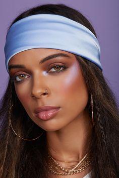 A bandana and bold makeup is all you need to be a beauty badass. 00's Makeup, Bold Eye Makeup, Hazel Eye Makeup, Makeup For Green Eyes, Blue Makeup, Prom Makeup, Smokey Eye Makeup, Makeup Inspo, Wedding Makeup