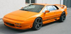 Looking for the Lotus Esprit of your dreams? There are currently 6 Lotus Esprit cars as well as thousands of other iconic classic and collectors cars for sale on Classic Driver. Lotus Esprit, Sexy Cars, Hot Cars, Classic Sports Cars, Classic Cars, Supercars, Car Man Cave, Lotus Car, Lifted Ford Trucks
