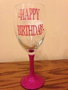 Wine glass - Happy Birthday with pink glitter bottom