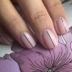 LOVE this simple yet elegant stripe design! (via Pinterest)