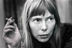 Lessons in Life, Style and Selfhood From Joni Mitchell