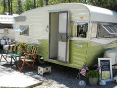 vintage campers | ... Airflyte and our first big vintage camper rally | Nest Vintage Modern