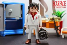 Scarface Playmobil Custom - by Cristiano de Paula -  http://playtutomobil.blogspot.com.br/2014/08/tony-montana-scarface.html