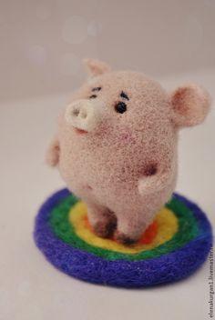 Купить Хрю - бледно-розовый, поросенок, свинка, авторская работа, игрушка в подарок, шерсть, бисер