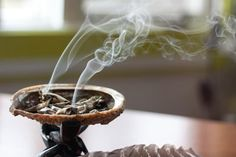 A Sage Smudging Ritual To Cleanse Your Aura & Clear Your Space (MindBodyGreen) Feng Shui Dicas, Sage Smudging, Burning Sage, Mudras, Home Decoracion, Meditation Space, Smudge Sticks, New Energy, Holistic Healing