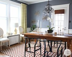 Like the color combos in this dining room.. Walls are Benjamin Moore Dior Grey
