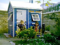 Casita Infantil Cabaña en color azul y blanco