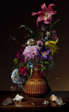 Bas Meeuws - contemporary Dutch flower still life photography Flower Pictures, Colorful Pictures, Flowers Nature, Beautiful Flowers, Still Life Photos, Types Of Flowers, Still Life Photography, Botanical Prints, Vanitas