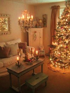 Beautiful Christmas room- love the rustic look of the this room. Such a dreamy look to it <3