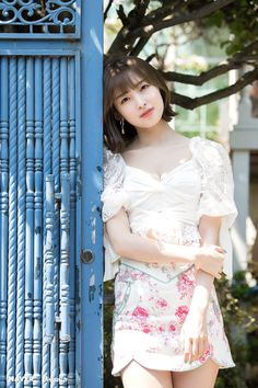 Oh My Girl will release their Mini Album titled NONSTOP on April We already got the first group teaser photo (with Mimi and her purple hair drawing the attention), and Naver x Dispatch Oh My Girl Yooa, Arin Oh My Girl, Photos Hd, Beautiful Girl Image, Girl Short Hair, How To Draw Hair, Cosplay Girls, Korean Girl Groups, Kpop Girls