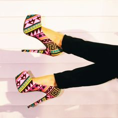 Cute way to add a punch of color and print to an outfit with these Aztec Print Platform Pumps from Charlotte Russe Pretty Shoes, Beautiful Shoes, Gorgeous Heels, Crazy Shoes, Me Too Shoes, Charlotte Russe, Uggs, Wedge Heels, Shoes Heels