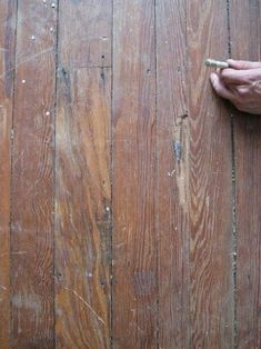 to refinish a hardwood floor -- the complete manifesto Front bedroom - original conditionFront bedroom - original condition Old Wood Floors, Refinishing Hardwood Floors, Diy Flooring, Bedroom Flooring, Wooden Flooring, Flooring Ideas, Hardwood Cleaner, Painted Floors, Hardwood Floors Restore