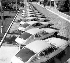 Volkswagen - Outside of the Factory - One day between 1972 and 1976 Volkswagen Models, Vw Volkswagen, Sp2 Vw, Porsche 911, Vw Modelle, Vw Lt, Super 4, Bike Engine, Beach Buggy
