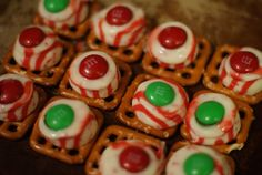 101 Days of Christmas: Peppermint Chocolate Pretzel Treats | Christmas Your Way