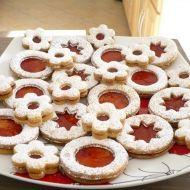 Fotografie receptu: Dobré linecké těsto Czech Recipes, Doughnut, Christmas Cookies, Tiramisu, Cake Recipes, Pie, Czech Food, Czech Republic, Chloe