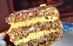 Cel mai bun tort pe care l-am mâncat vreodată Romanian Desserts, Romanian Food, Sweets Recipes, Cake Recipes, Cooking Recipes, Best Cake Flavours, Walnut Cake, Food Cakes, Sweet Cakes