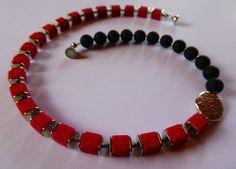 Ketten kurz - Halskette aus Polaris-Elementen rot/schwarz - ein Designerstück von SandraEbRi bei DaWanda