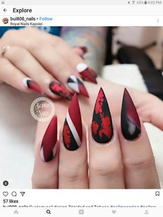 Semi-permanent varnish, false nails, patches: which manicure to choose? - My Nails Stiletto Nail Art, Cute Acrylic Nails, Matte Nails, Red Nails, Hair And Nails, Coffin Nails, Black Nails, Red Manicure, Nail Swag