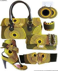 Lovely African accessories,perfect with a bloc coloured dress !