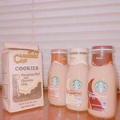 ママからグアム🇬🇺のお土産〜💗 スタバのは日本に売ってないらしい! #グアム#guam#🇬🇺#スタバ#グアム限定#coffee#コーヒー#mocha#モカ#vanilla#ヴァニラ#cookie#クッキー#☕️#🍪 Cookies Macadamia, Starbucks Iced Coffee, Guam, Coffee Bottle, Mochi, Image, Instagram, Fences
