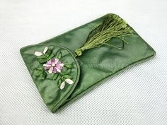 SILK EMBROIDERED PHONE CASE GREEN   chinese embroidery tutorial