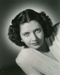 Picture Identification, Kay Francis, Coeur D'alene, Universal Pictures, Old Hollywood, Picture Photo, Movie Stars, Poses, The Originals